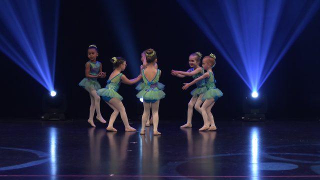 http://www.destination-danse.ca/wp-content/uploads/2020/07/GE2_6978-640x360.jpg